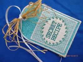 These fun tags are perfect for your mason jar projects, gifts